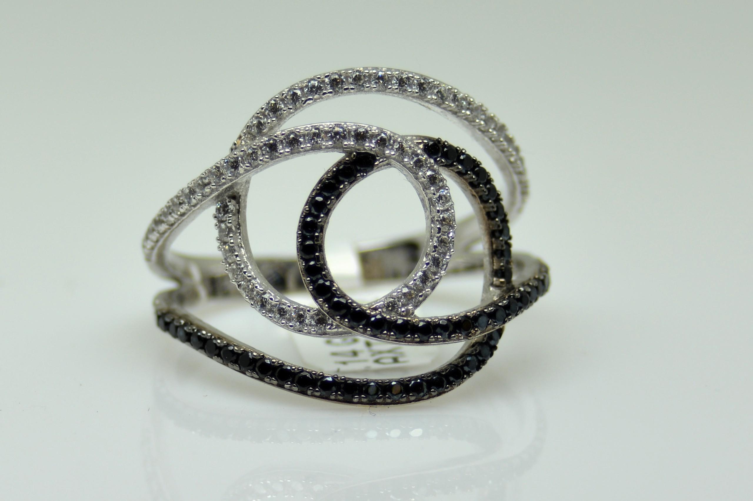 Δαχτυλίδι Νο582